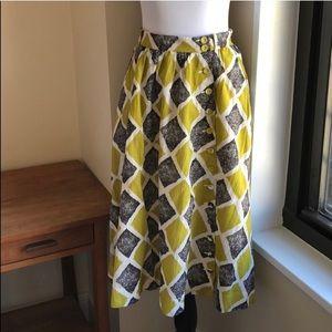 ANTHRO Edme & Esyllte Midi Skirt shifting Buttons